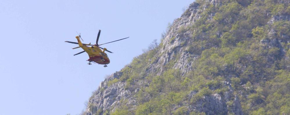 Precipita per cento metri  Muore escursionista svizzera