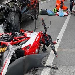 Frontale a Ponte Lambro  Grave un motociclista