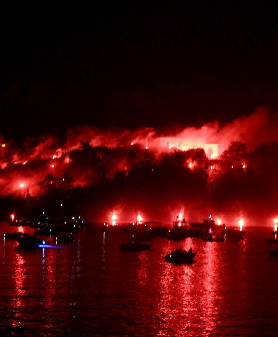 L'incendio dell'isola