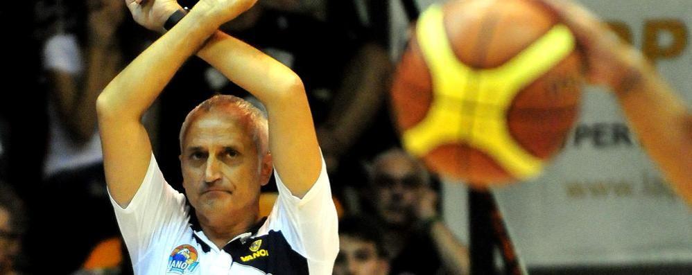 Della Fiori, oggi la presentazione Coach Cantù: sorpasso Pancotto