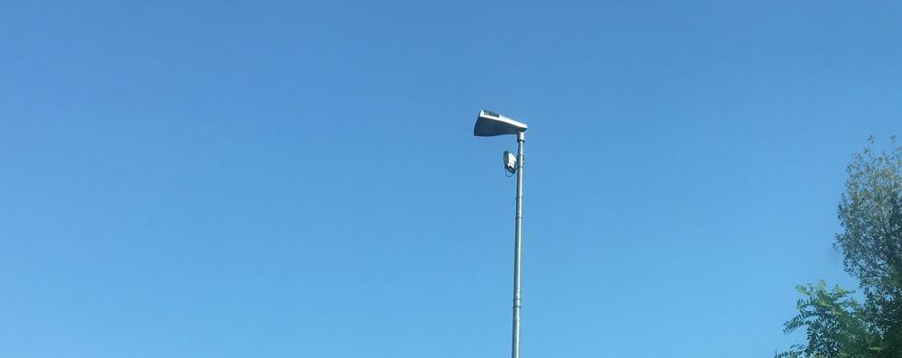 San Fermo, paese delle telecamere  «Siamo a quota 80. E non bastano»