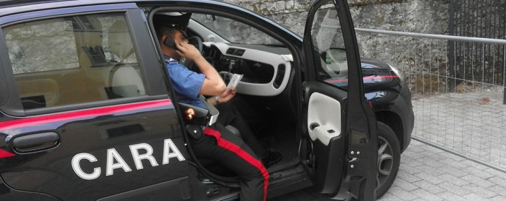 Minaccia camionista con la pistola  Poi lo insegue: denunciato