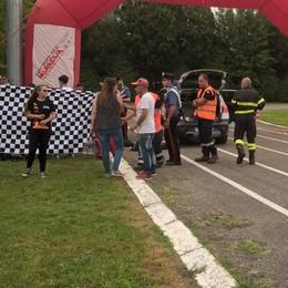 Bregnano, fuori pista con il kart  Gravissimo pilota di 27 anni