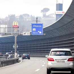 Inquinamento alle stelle  In Ticino si viaggia a 80  «Fate così anche in Italia»