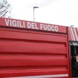Scontro tra due auto Vigili del fuoco a Asso