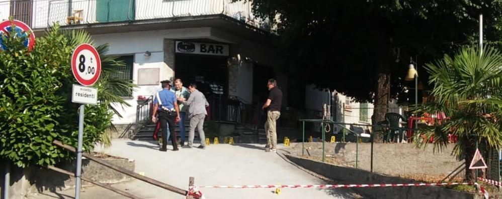 Si spara davanti al bar  Inutili i soccorsi a Cermenate