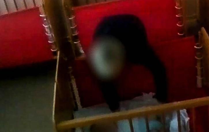 Maltrattamenti all'asilo nido  La maestra chiede di tornare libera