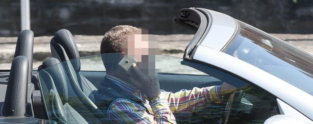 Alla guida con lo smartphone  Da inizio anno 180 multe