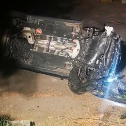 Incidenti a Como e a Erba  Due auto ribaltate nella notte