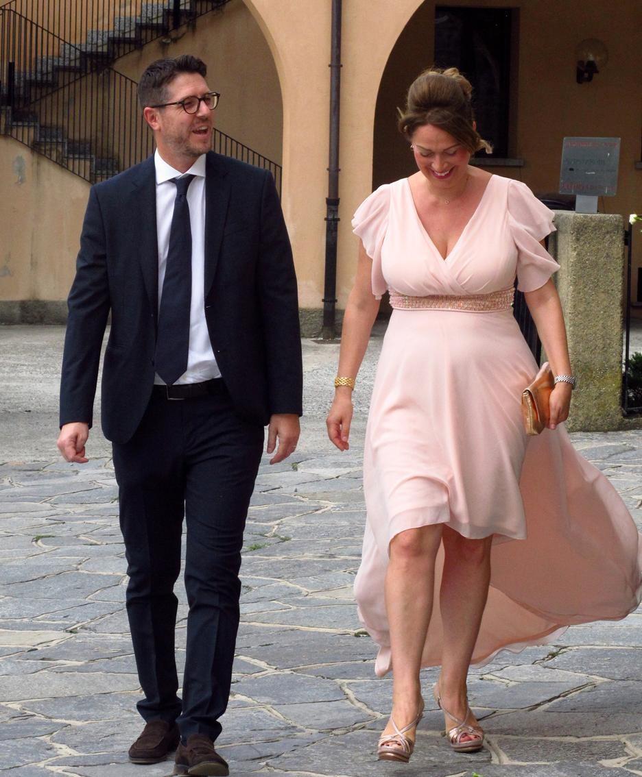 Tra gli invitati il sottosegretario Nicola Molteni con la moglie Aurora Lussana