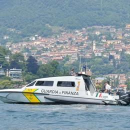 Sicurezza sul lago  controllate 150 barche  Raffica di multe e due sequestri
