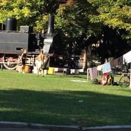 Giardini a lago, ecco l'ultima  Si stendono i panni alla Locomotiva