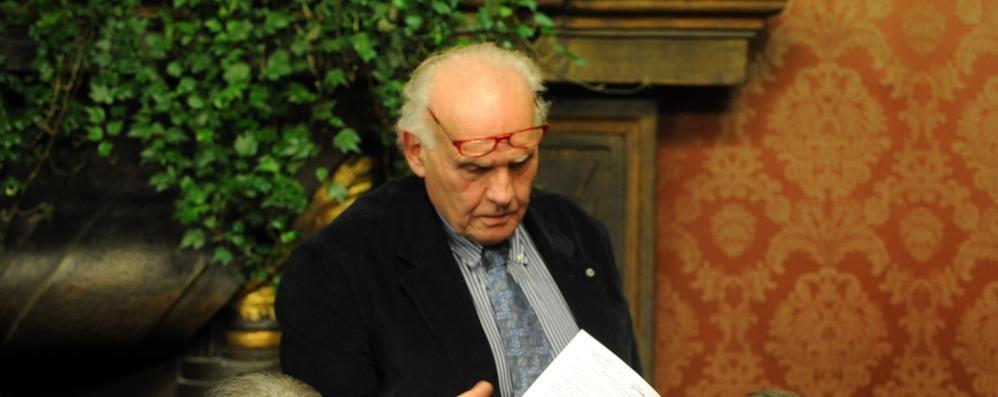 Addio ad Arturo Arcellaschi  Numismatico e politico