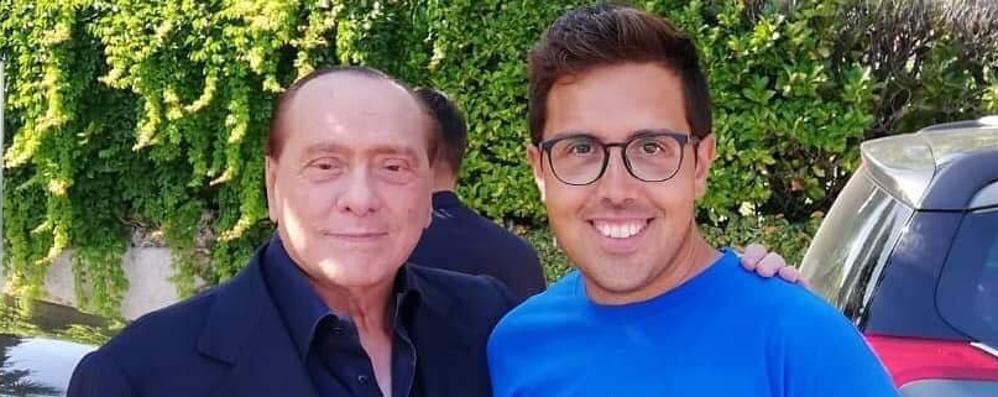 Berlusconi a Menaggio  Tra selfie e strette di mano