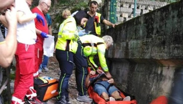 Blevio, malore sul sentiero Uomo soccorso dai pompieri