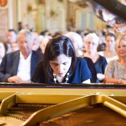 Serrano, un successo strepitoso  il recital di Ferragosto in Sala Bianca