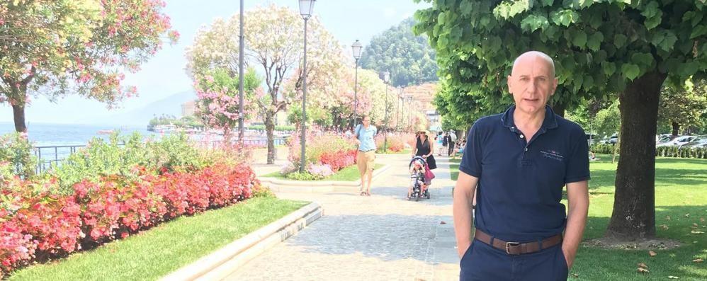 Vietato fumare  sul lungolago di Bellagio