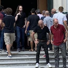 Morto in montagna a 37anni  Tanta gente ai funerali di Renzo