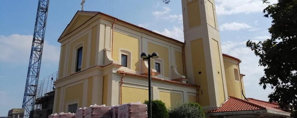 Ronago, decine di monetine alla chiesa  Per una donazione di 1,75 euro