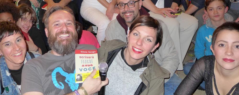 Alla Fiera del libro le poesie di Savogin  E incontri sulla seta e su piazza Cavour
