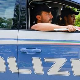 Insulta la cameriera  e scalcia gli agenti  Arrestato ad Albate
