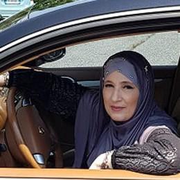 Cantù è più multietnica  Una boutique islamica   nella via dello shopping