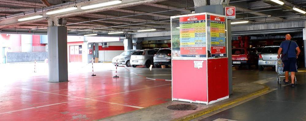 Lavoro nero all'autolavaggio  Mirabello, sospesa la licenza