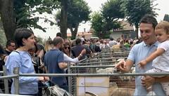 Arrivano in settemila  alla fiera di Caslino  Tutti pazzi per le capre