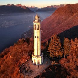 «Musica e immagini per cantare il lago di Como»