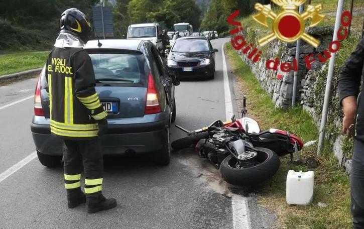 Grandola, auto contro moto  Uomo di 38 anni ferito sulla Regina