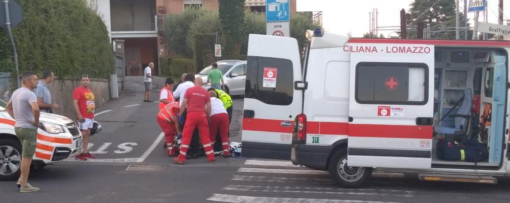 Scontro tra auto e moto  Due feriti a Mozzate
