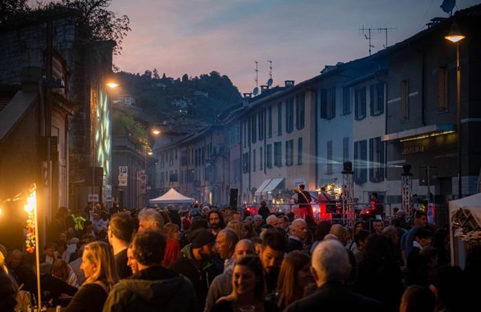 Como festa di via Borgovico