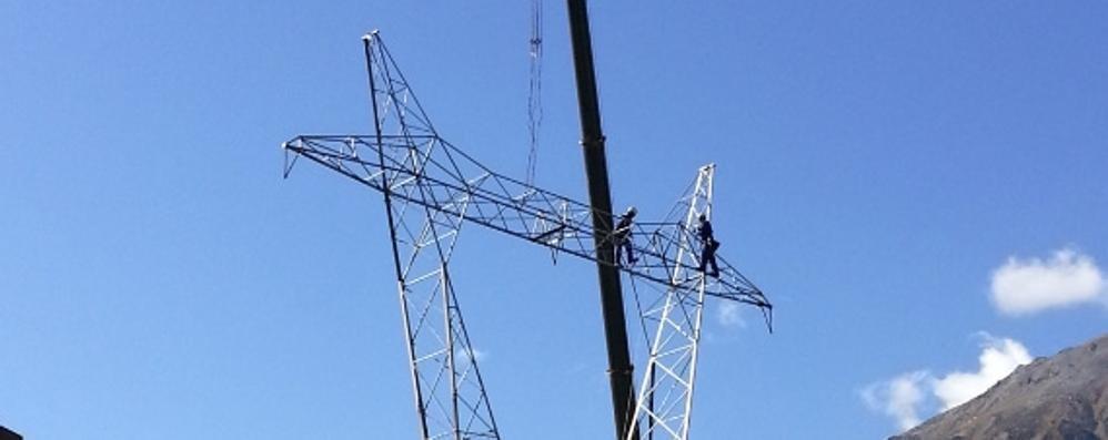 Gigantesco blackout elettrico  In 40 mila senza energia