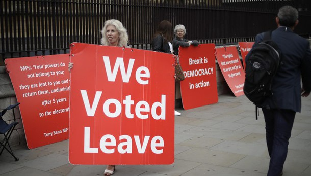 Brexit: 'Se il governo va sotto, al voto il 14 ottobre'