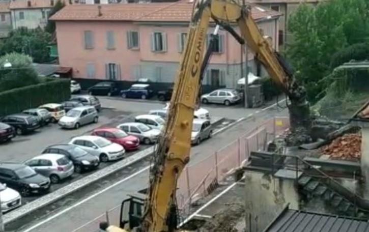 Addio vecchio cinema  Guarda il VIDEO   della demolizione