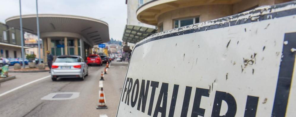 Affitti alti e spesa cara, meglio l'Italia  Ora sono i ticinesi a fare i frontalieri