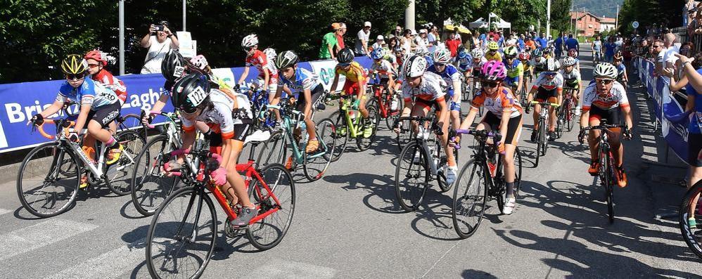 I Giovanissimi a Cadorago  E le ragazze in Trentino