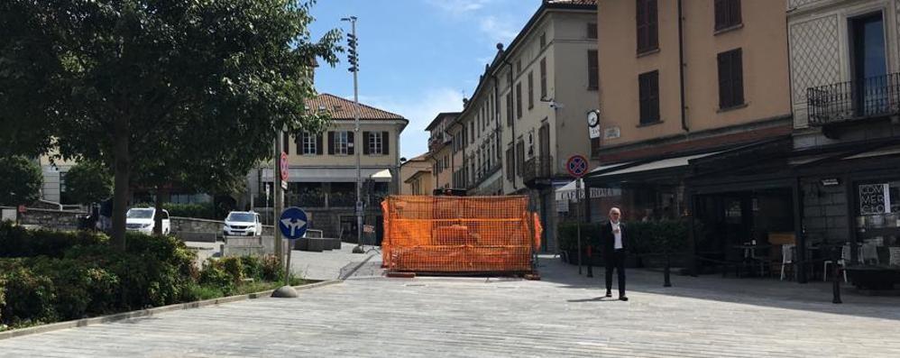 Negozi in festa per la piazza aperta  «Cantù, centro pedonale solo per eventi»