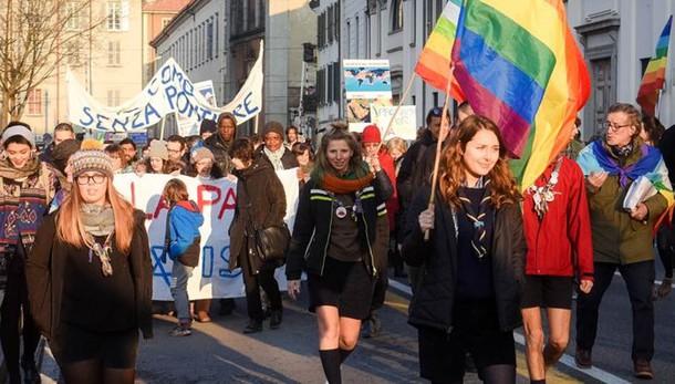 Oggi la Marcia della Pace  Tanti sindaci e associazioni