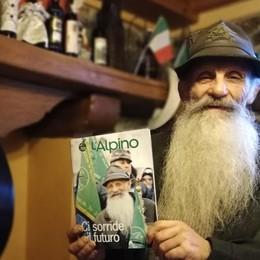 Barba e sorriso da copertina  Luciano Vanini alpino perfetto
