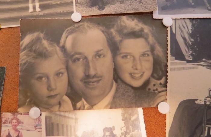 Emilio Vitali con le sue figlie