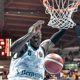 «Il basket mi ha salvato la vita   e ora il favore va ricambiato»