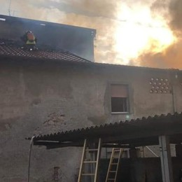 Incendio nel centro di Cadorago  L'appartamento è inagibile