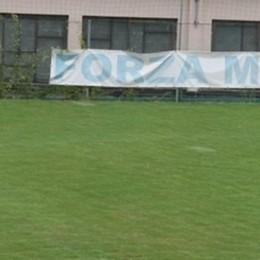 Arbitro di calcio donna a Menaggio   «Insulti sessisti, una vera vergogna»