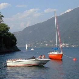 San Siro, colto da malore in barca  Salvato dai velisti in mezzo al lago