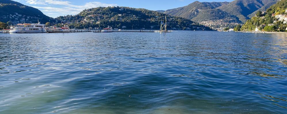 Miracolo sul Lungolago  Il lago di Como si alza  e scompaiono le paratie