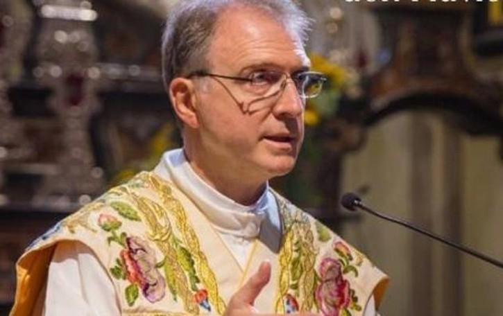 Ieri prima visita del nuovo parroco  «Sistemare l'oratorio è la priorità»