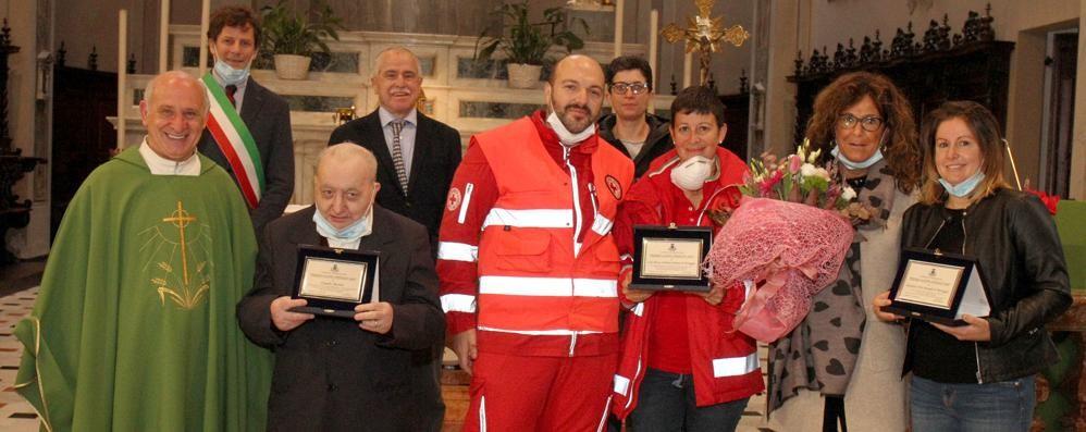 Menaggio assegna le benemerenze  A ospedale, Cri ed ex sacrestano