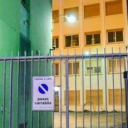 Dormitorio, la Lega scarica Landriscina  E in Borgovico petizione dei residenti