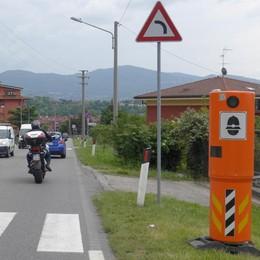 Pusiano, il semaforo fa multe e video  E sul lungolago autovelox in arrivo